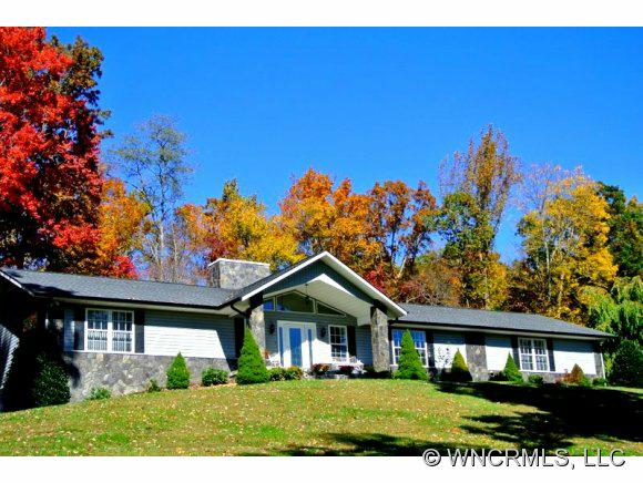 81 Lotawatha Drive, Burnsville, NC 28714 (#NCM527818) :: Exit Realty Vistas