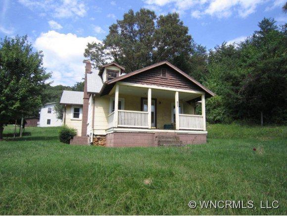 185 Wiggins, Candler, NC 28715 (#NCM528011) :: Exit Realty Vistas