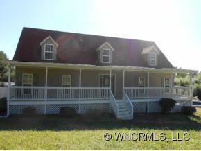 1010 North Allen Road, Hendersonville, NC 28792 (#NCM528135) :: Exit Realty Vistas