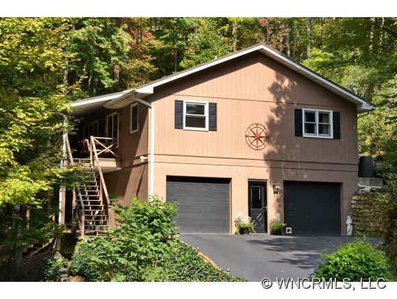 227 E Poplar Drive, Hendersonville, NC 28792 (#NCM528265) :: Exit Realty Vistas