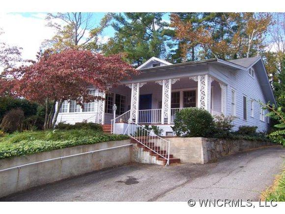 50 Lyncourt Drive, Tryon, NC 28782 (#NCM528290) :: Exit Realty Vistas