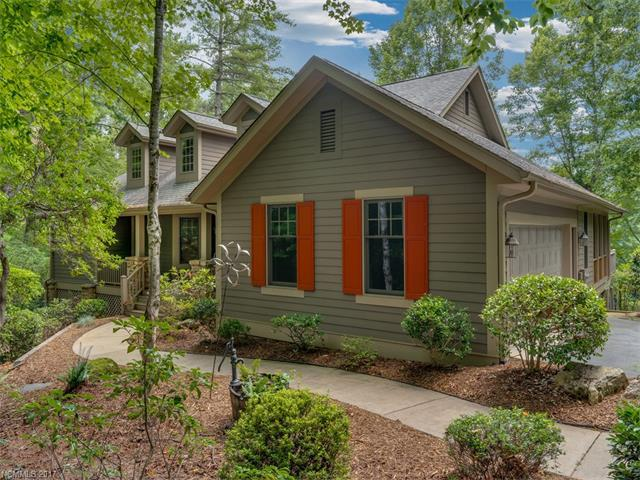 155 Chattooga Run, Hendersonville, NC 28739 (#3305914) :: Caulder Realty and Land Co.
