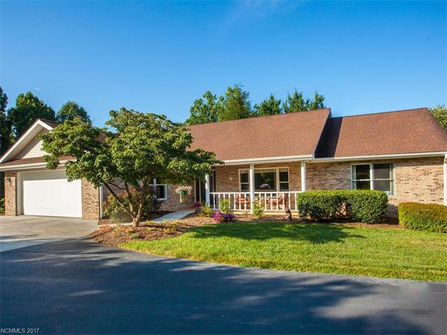 1461 Mountain Meadow Drive #16, Hendersonville, NC 28739 (#3306970) :: Caulder Realty and Land Co.
