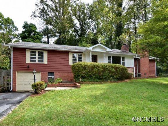 103 Arbutus Lane, Laurel Park, NC 28739 (#NCM525852) :: Exit Realty Vistas