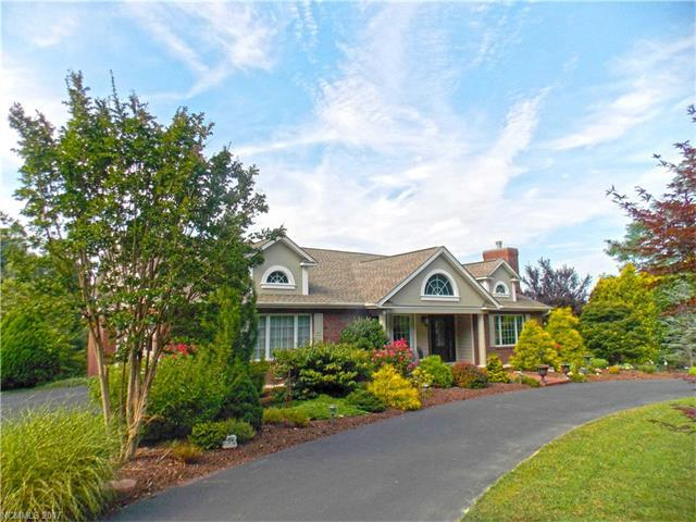 717 Kenmure Drive, Flat Rock, NC 28731 (#3325950) :: Caulder Realty and Land Co.