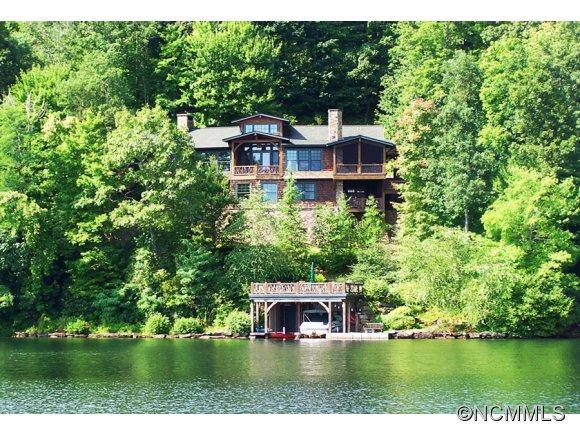 822 West Club Blvd, Lake Toxaway, NC 28747 (#NCM515031) :: Exit Realty Vistas