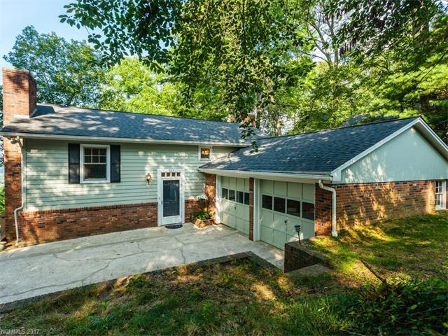 527 N Griffing Boulevard, Asheville, NC 28804 (#3297983) :: Rowena Patton's All-Star Powerhouse @ Keller Williams Professionals