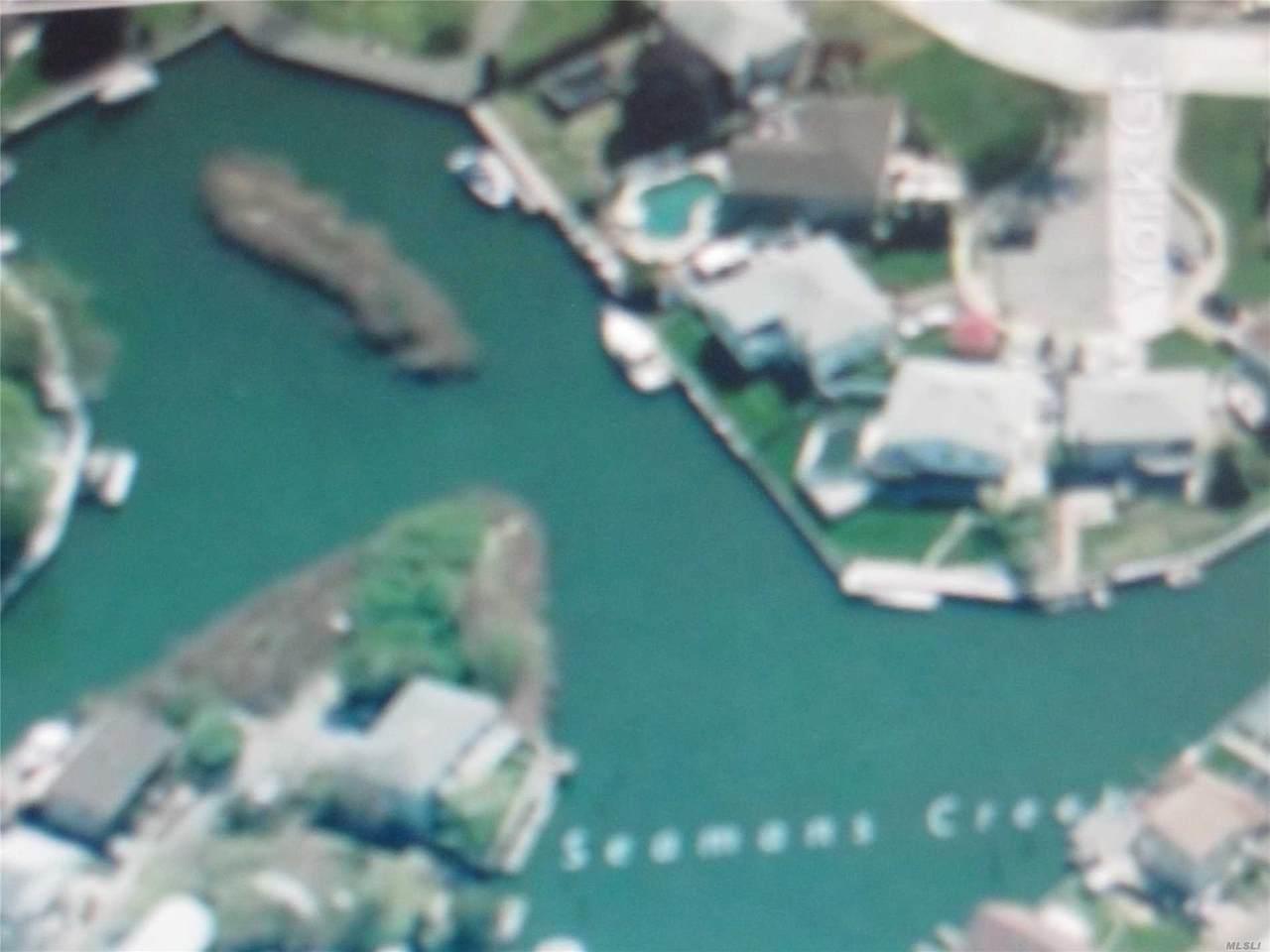 Island Place - Photo 1