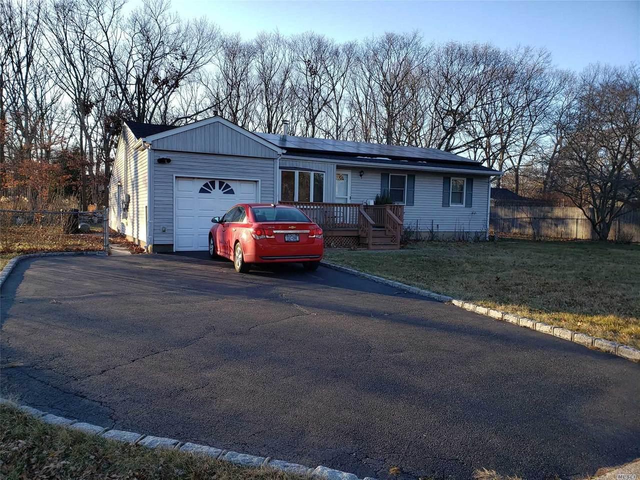 294 Brookville Avenue - Photo 1