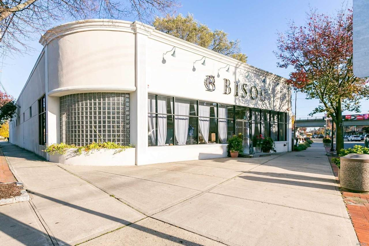 132 Wellwood Avenue - Photo 1