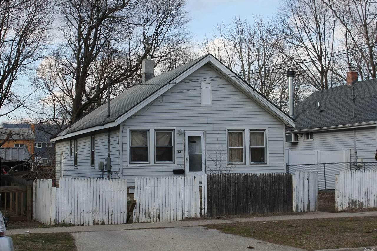 43 Linden Avenue - Photo 1