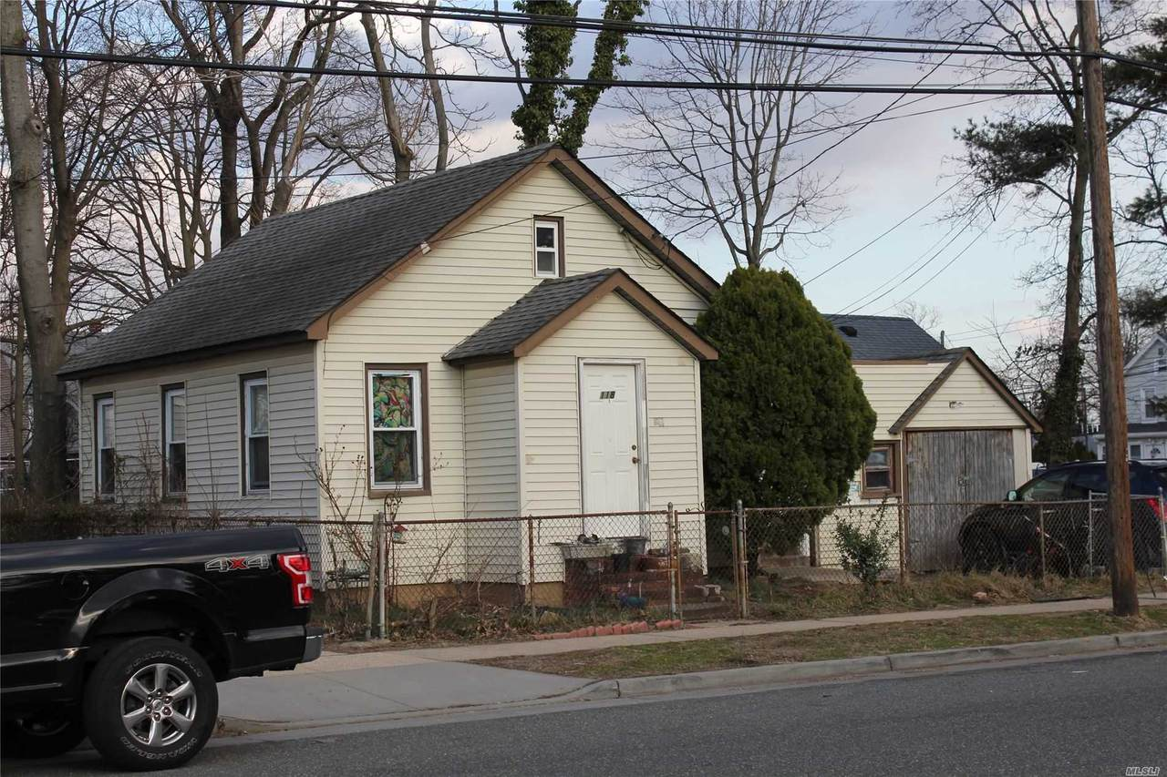 118 Laurel Avenue - Photo 1