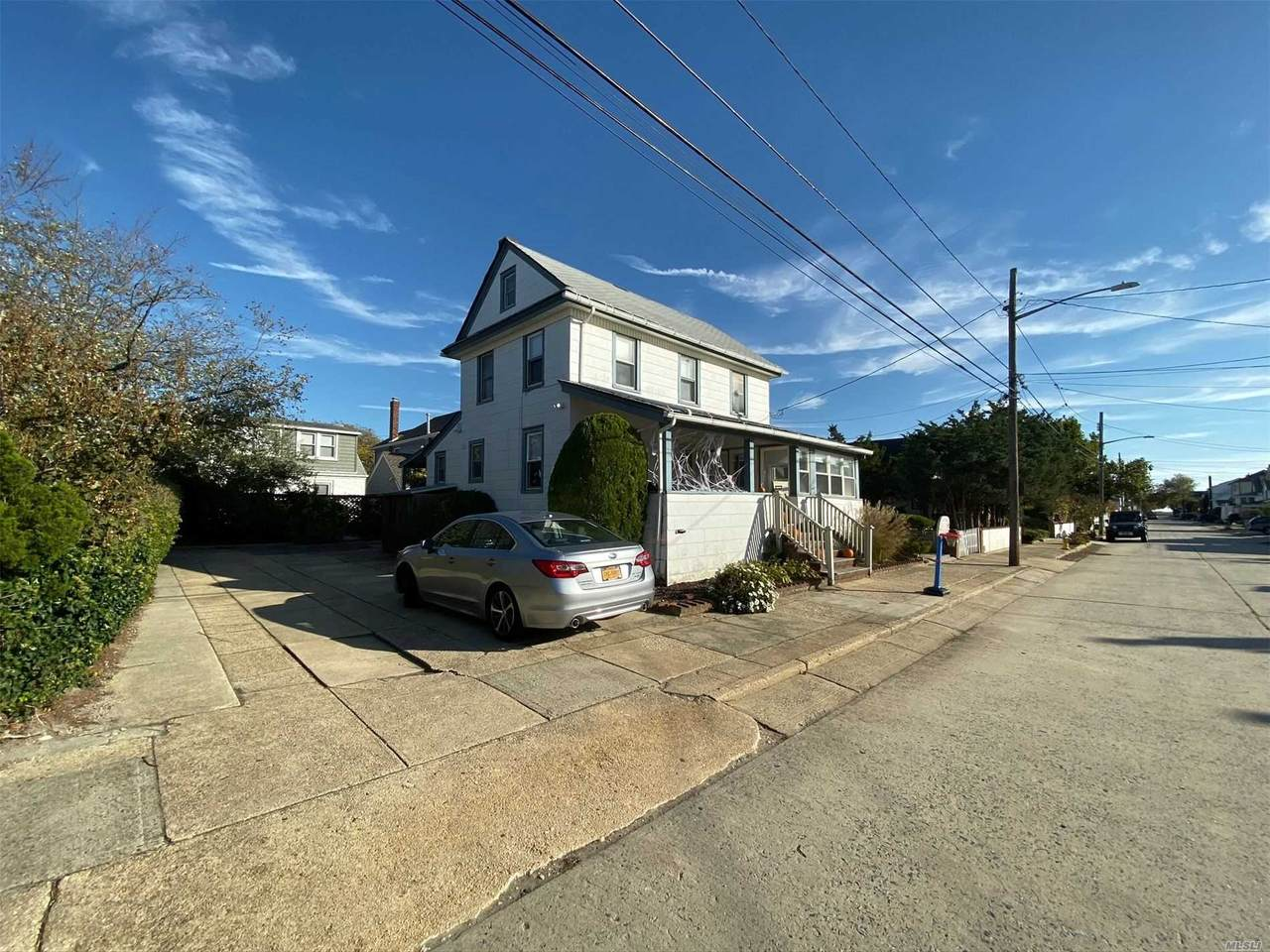 76 Hewlett Avenue - Photo 1