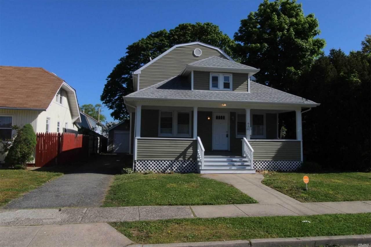 61 Davis Street - Photo 1