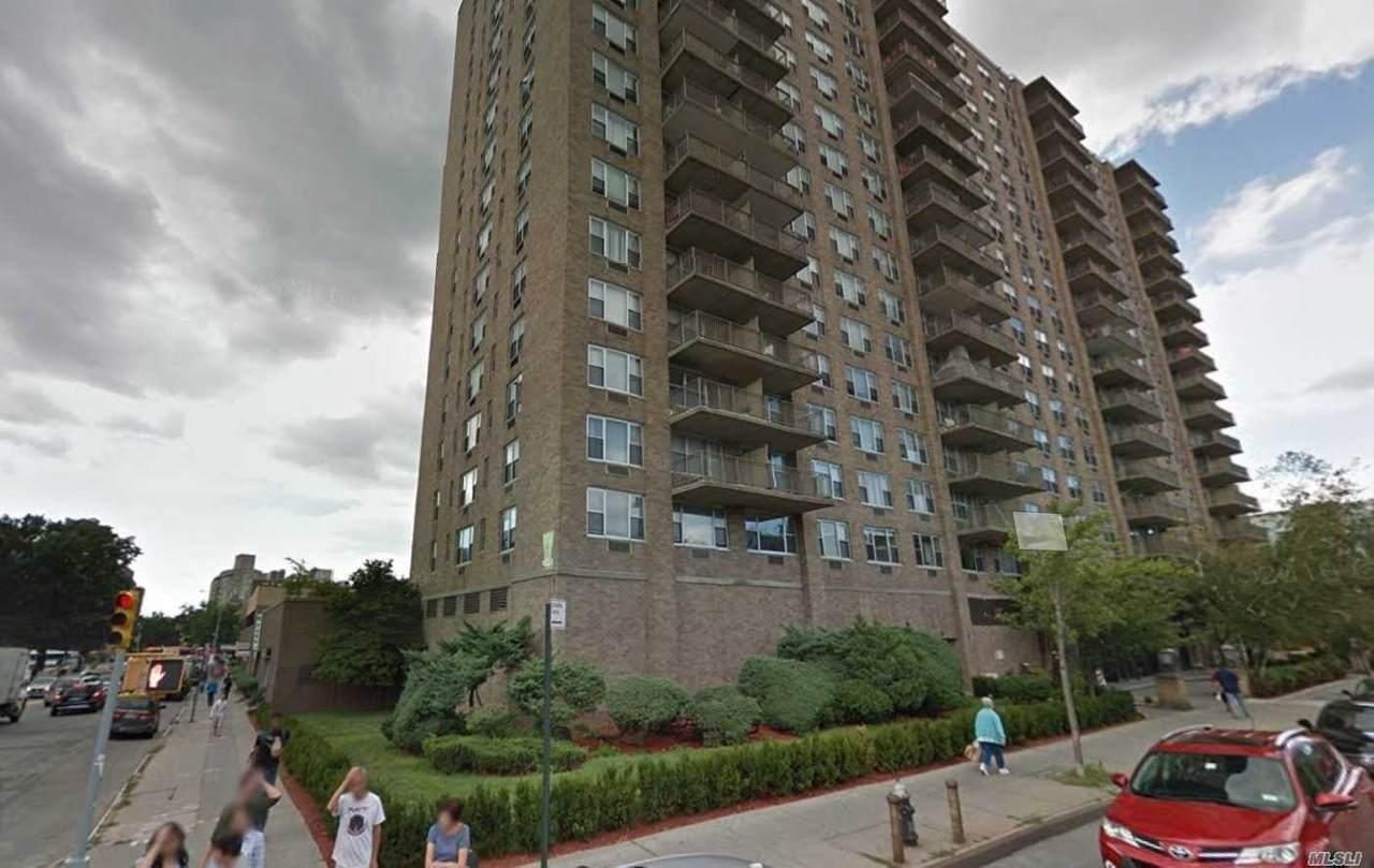 41-40 Union Street - Photo 1