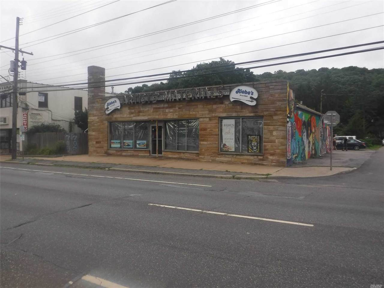 701 Walt Whitman Road - Photo 1