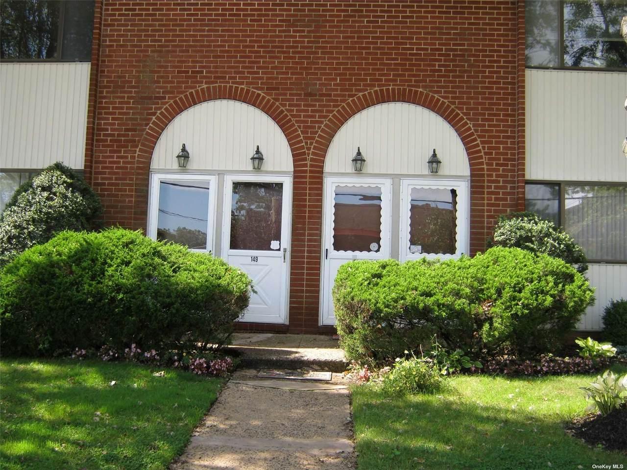 153 Grove Avenue - Photo 1