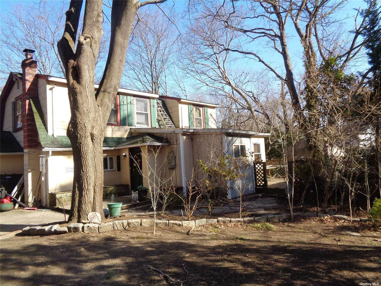 104 Schmidt Avenue - Photo 1