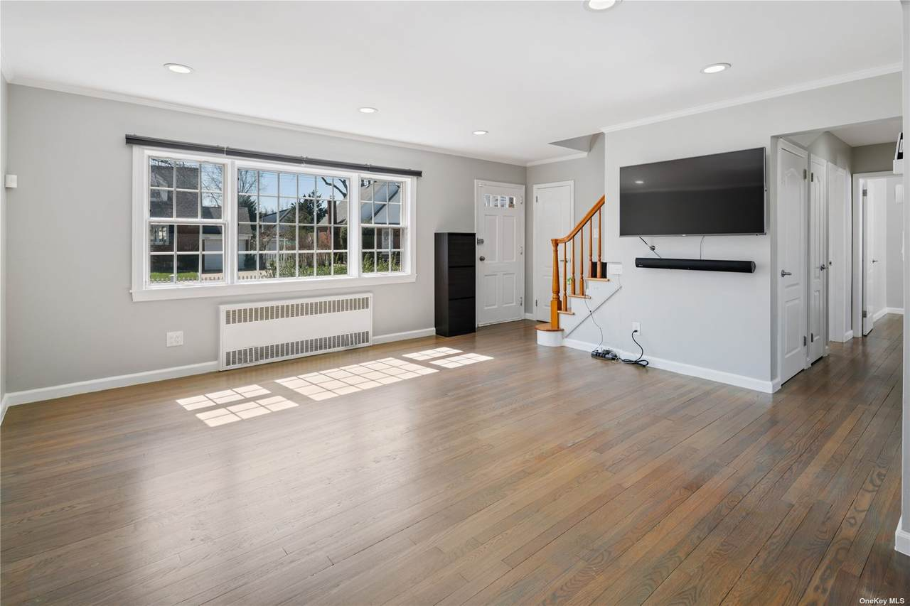 651 5th Ave - Photo 1