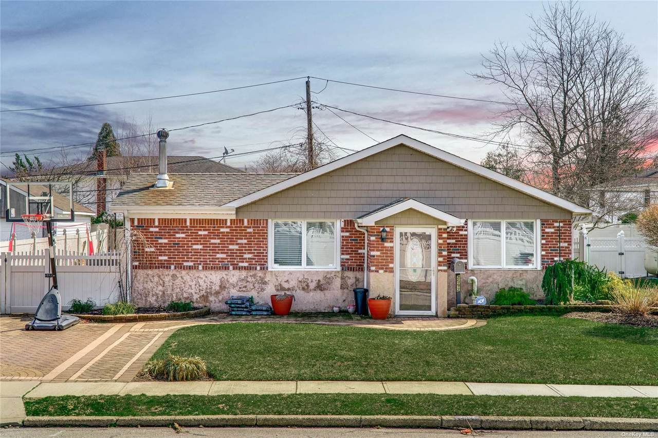 2592 Meadow Street - Photo 1