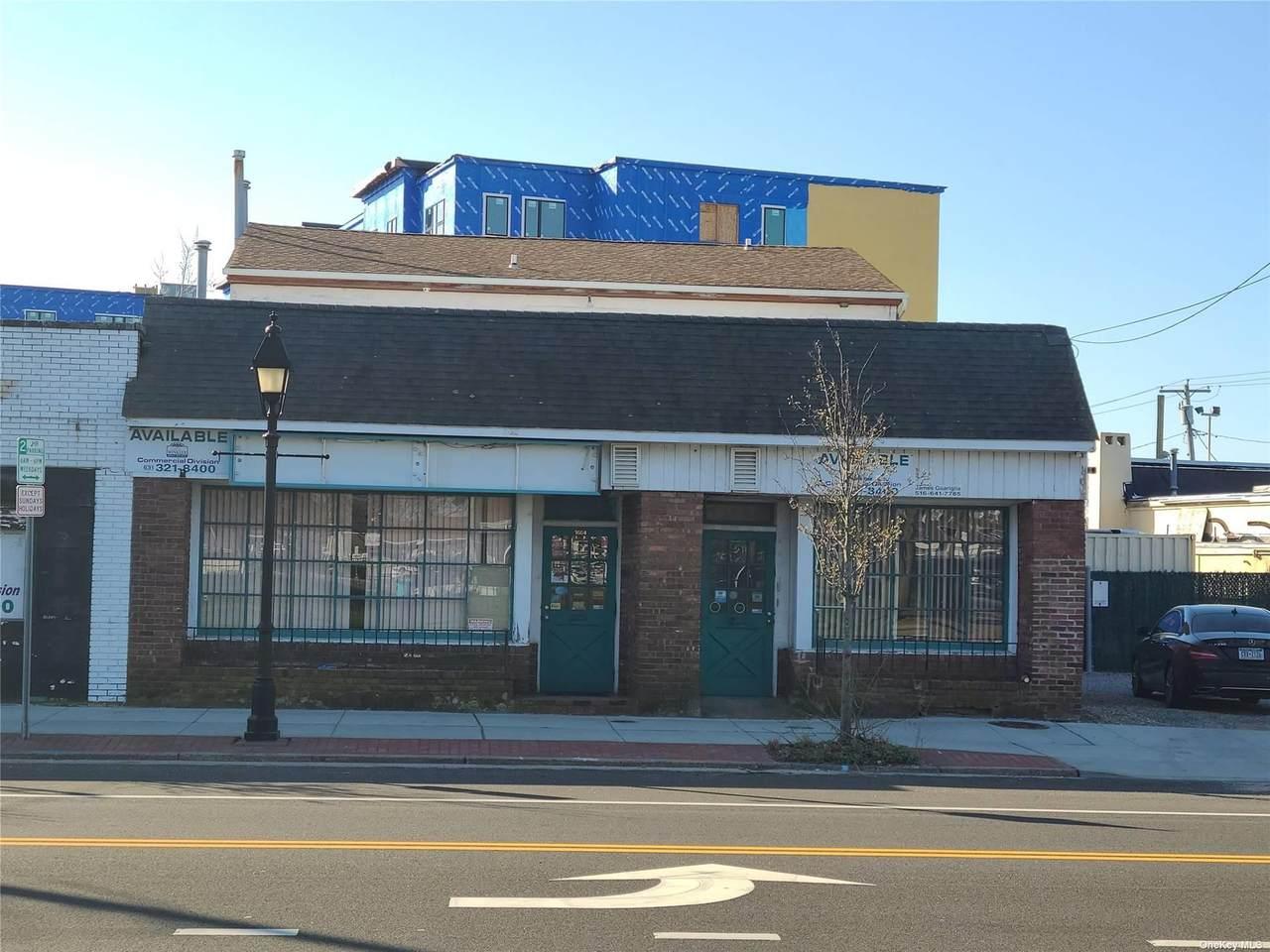 1664 Union Boulevard - Photo 1