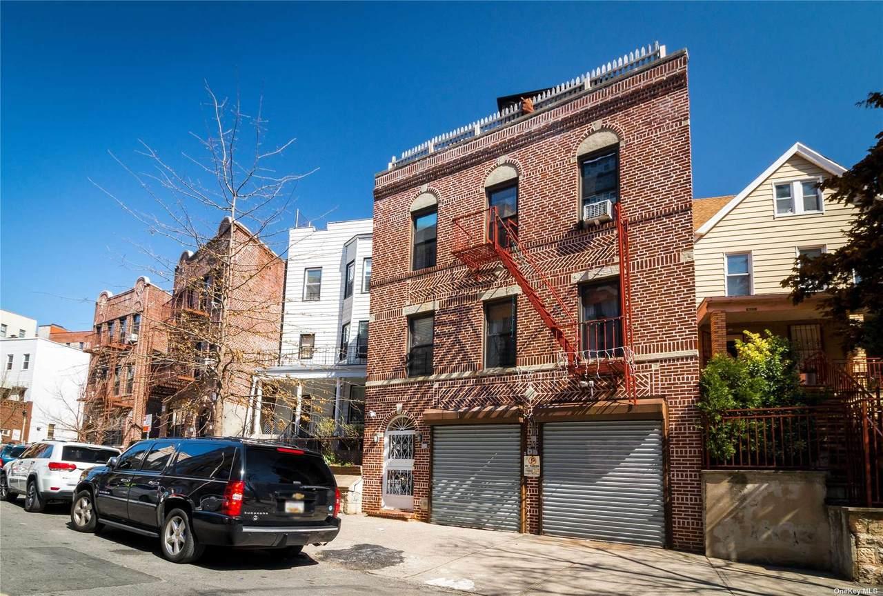 185 205th Street - Photo 1
