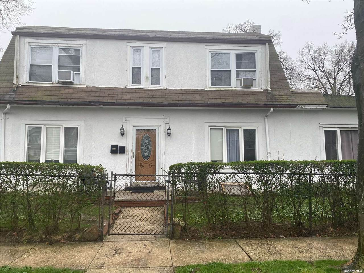 186-19 Williamson Avenue - Photo 1