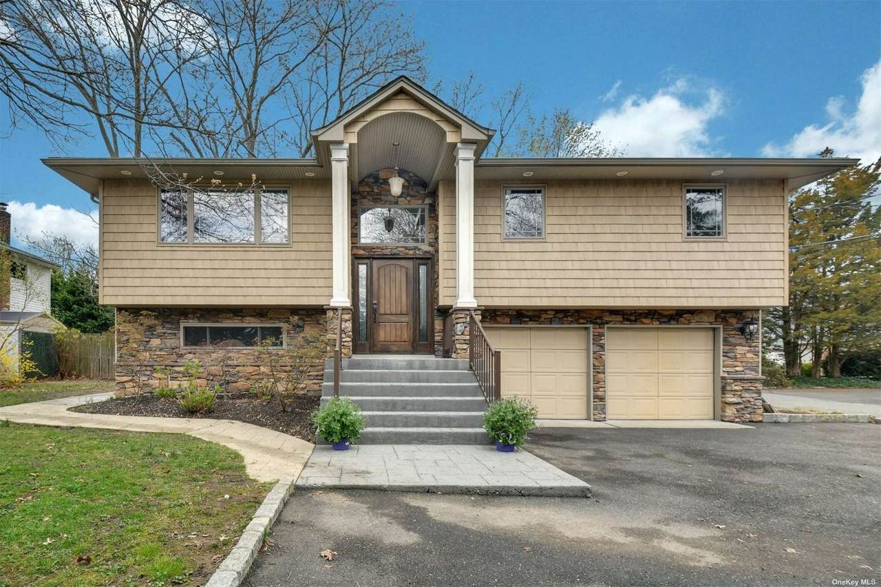 717 Old Bethpage Road - Photo 1