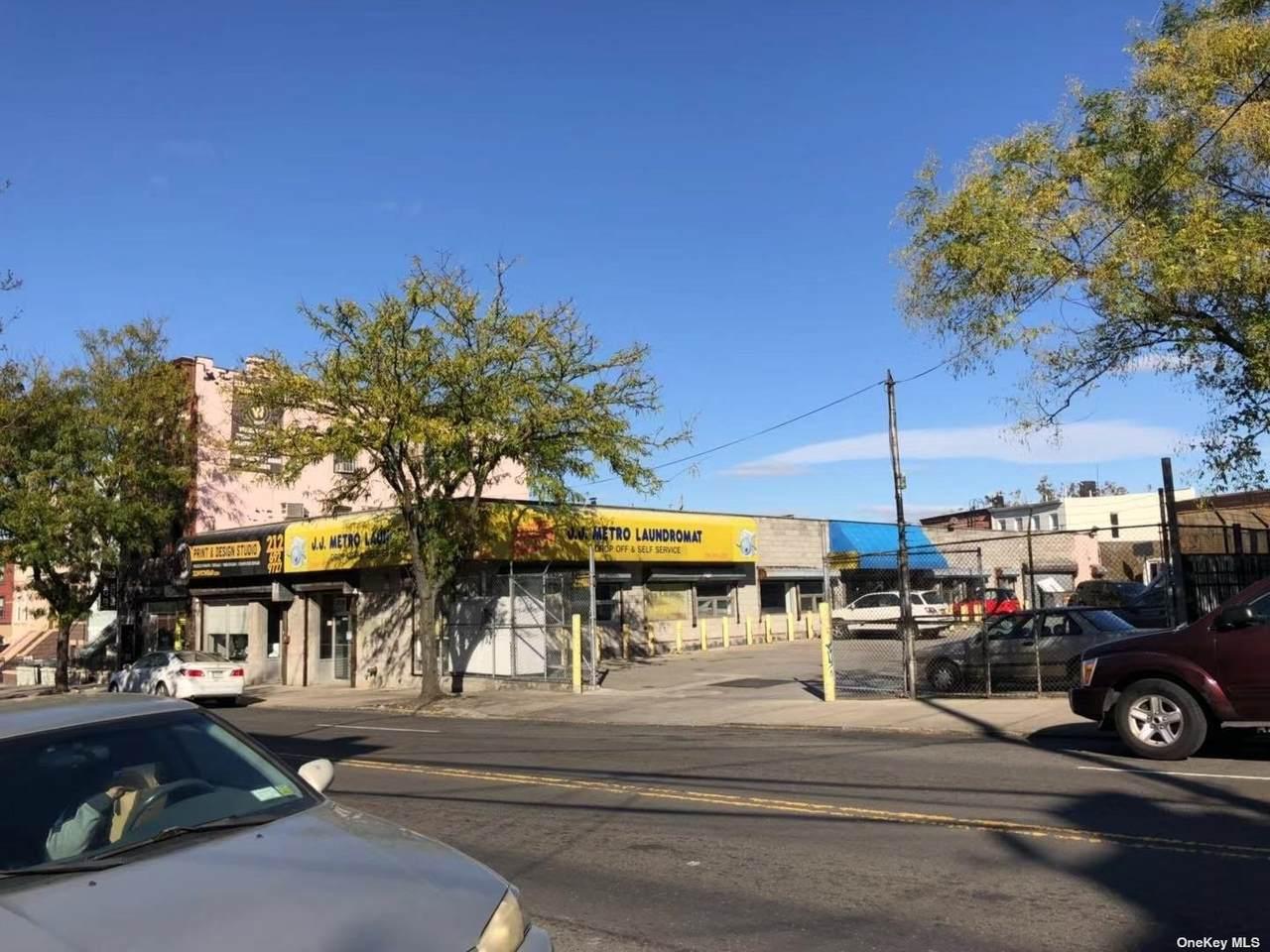 53-21/23 Metropolitan Avenue - Photo 1