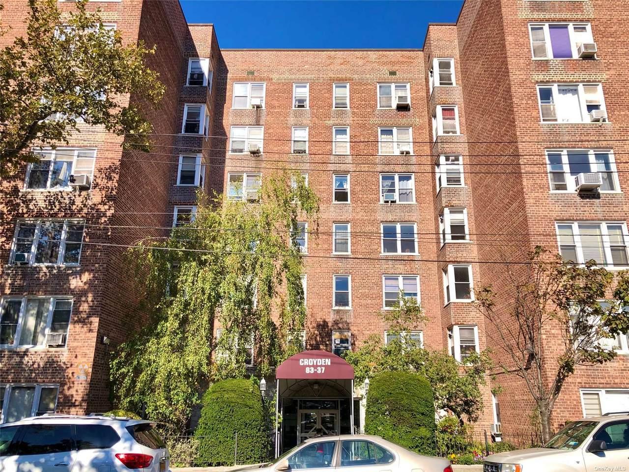 83-37 St. James Avenue - Photo 1