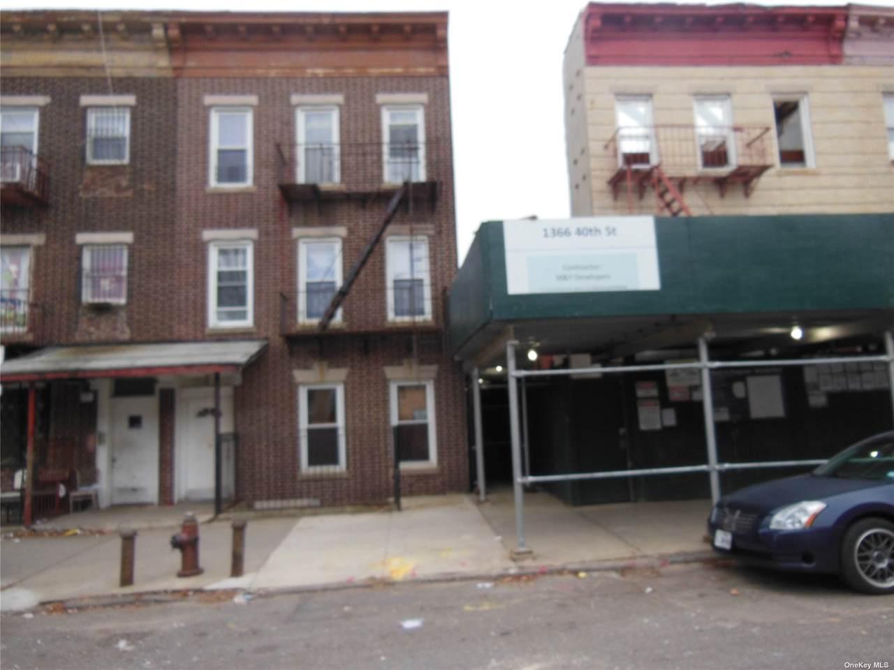 1370 40th Street - Photo 1