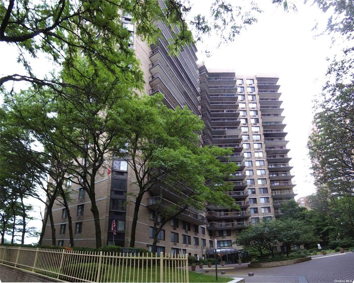 138-35 Elder Avenue - Photo 1