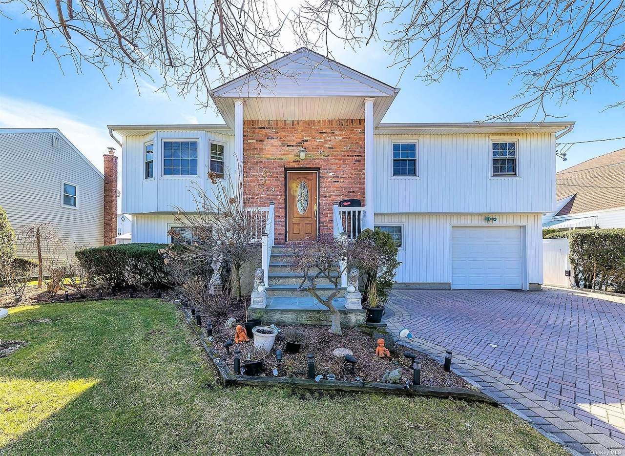 529 Windsor Place - Photo 1