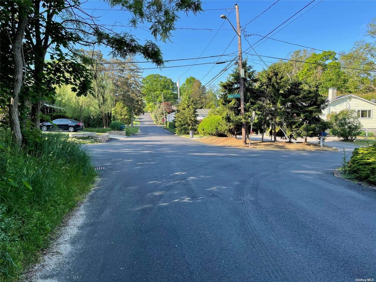 18 Bellrose Road - Photo 1