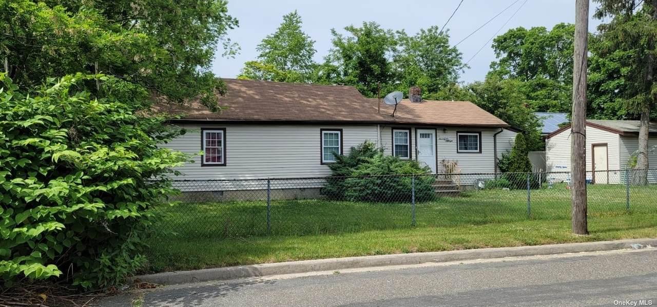 78 Melrose Avenue - Photo 1
