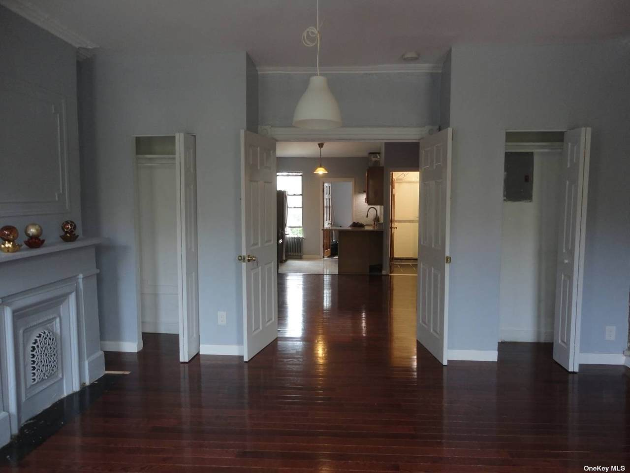 384 Douglass Street - Photo 1