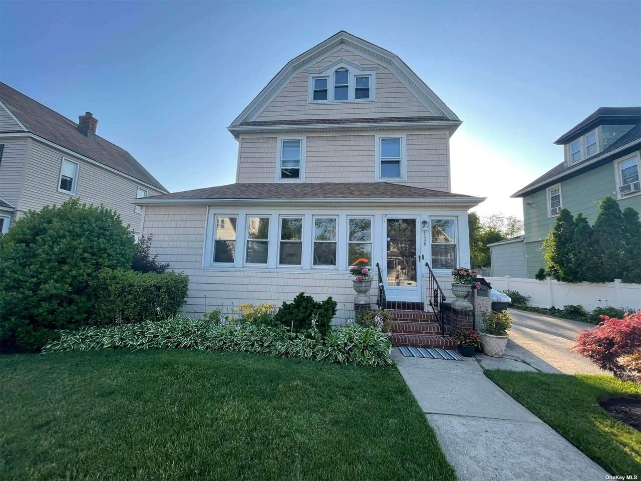 120 Forest Avenue - Photo 1