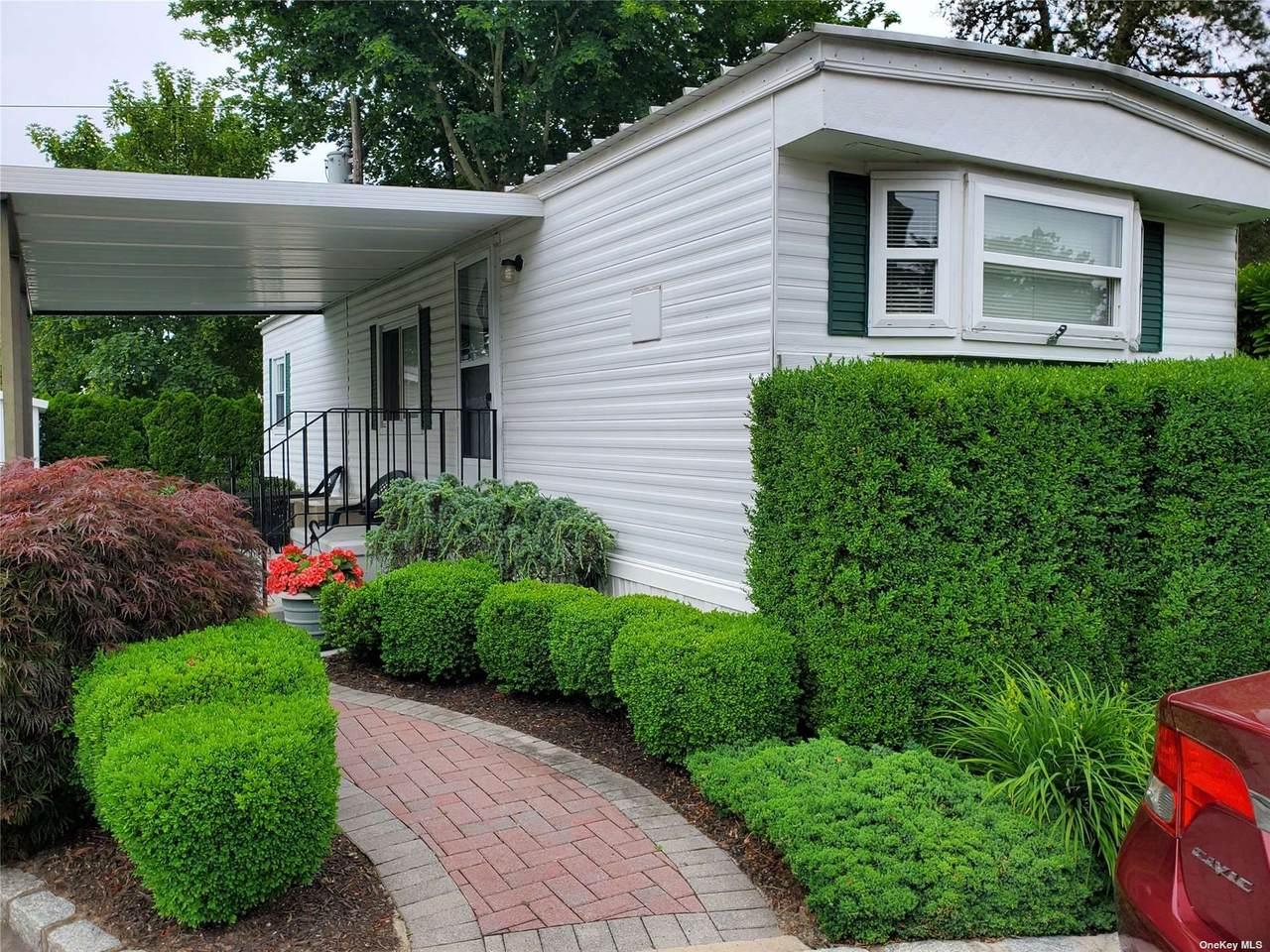 525-B16 Riverleigh Avenue - Photo 1