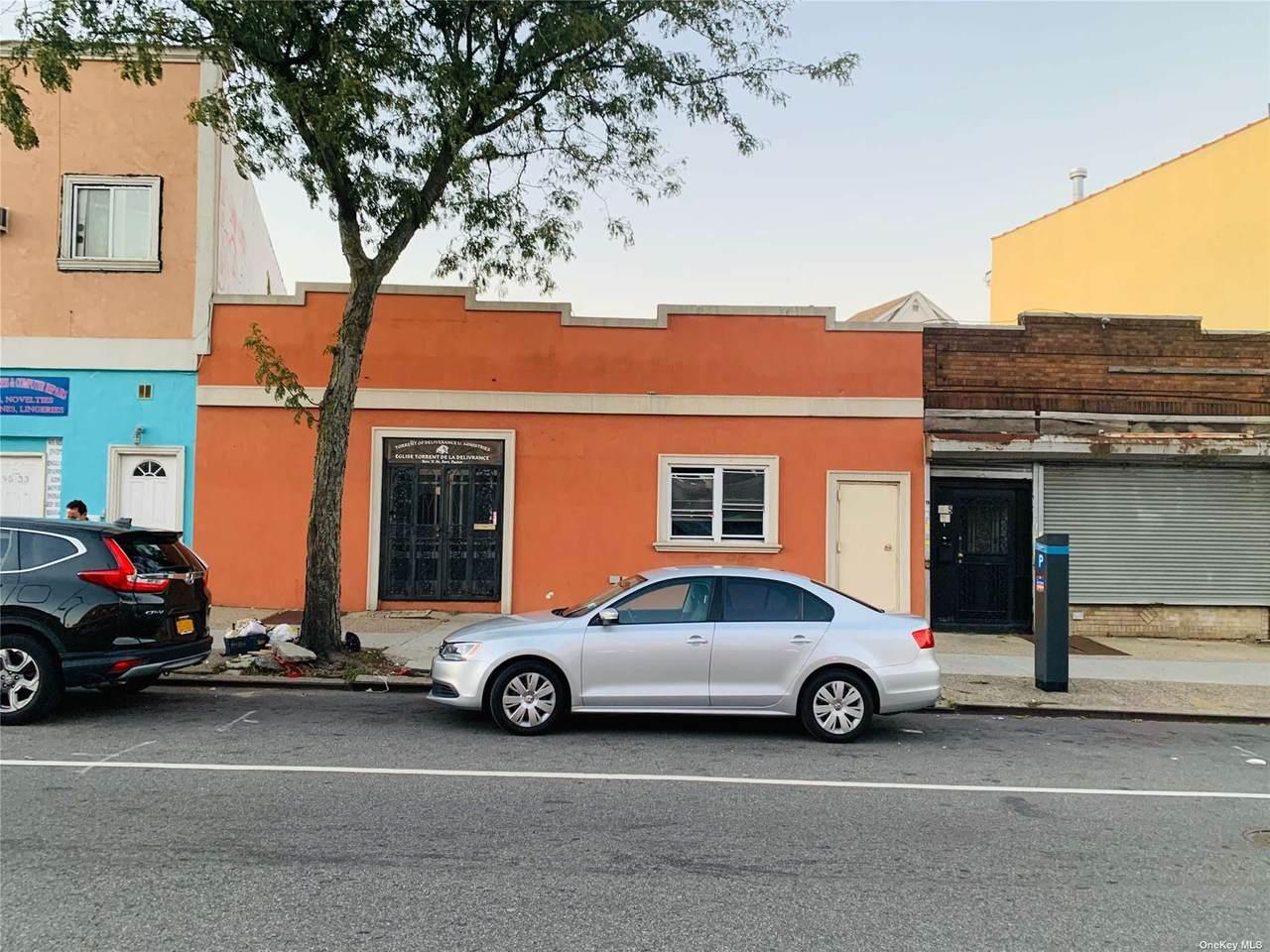 195-35/37 Jamaica Avenue - Photo 1