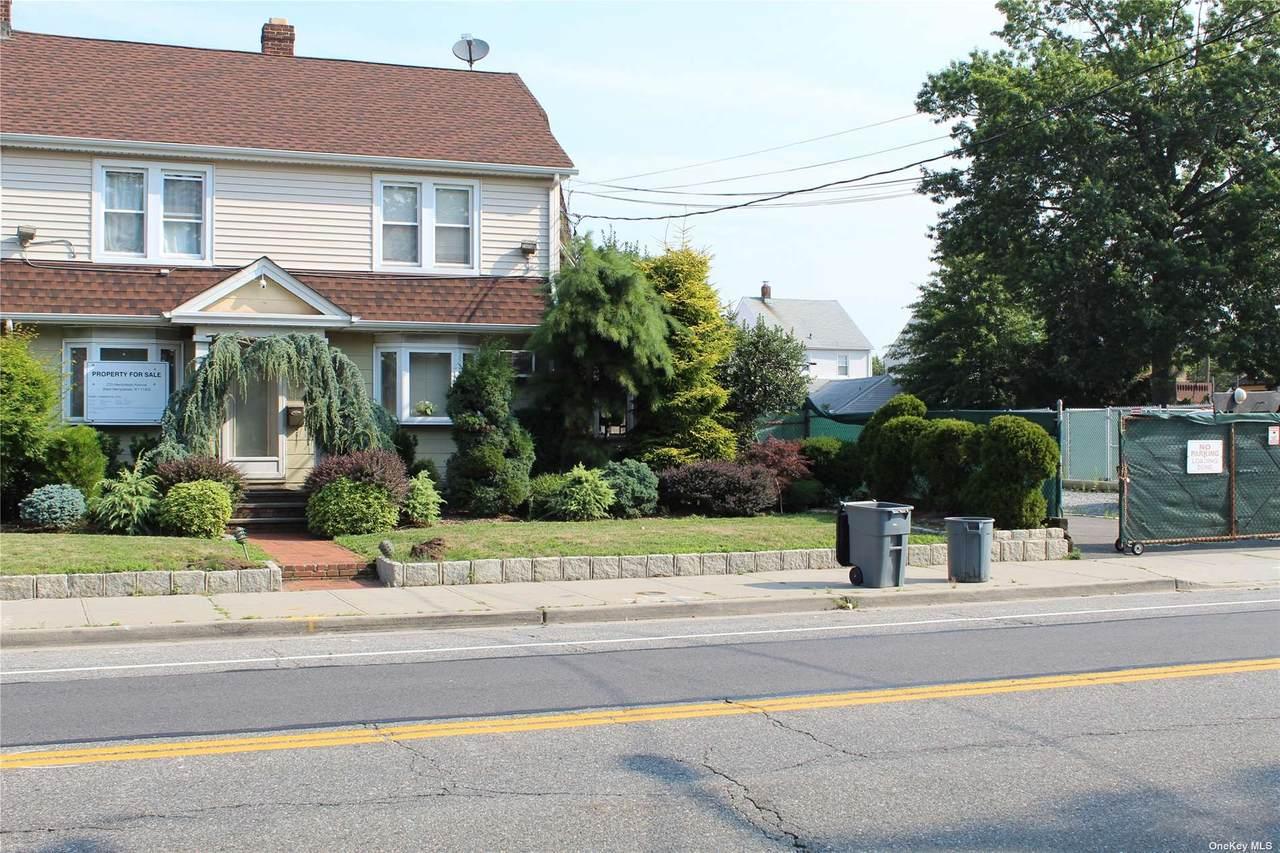 233 Hempstead Avenue - Photo 1
