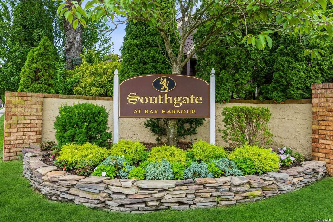 90 Southgate Circle - Photo 1