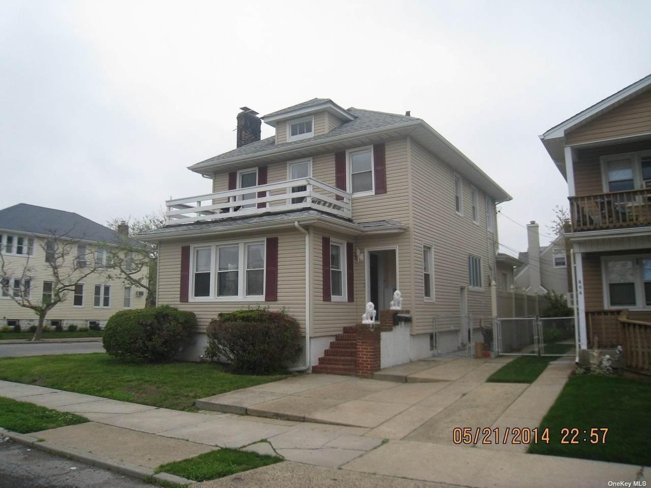 474 Lindell Boulevard - Photo 1