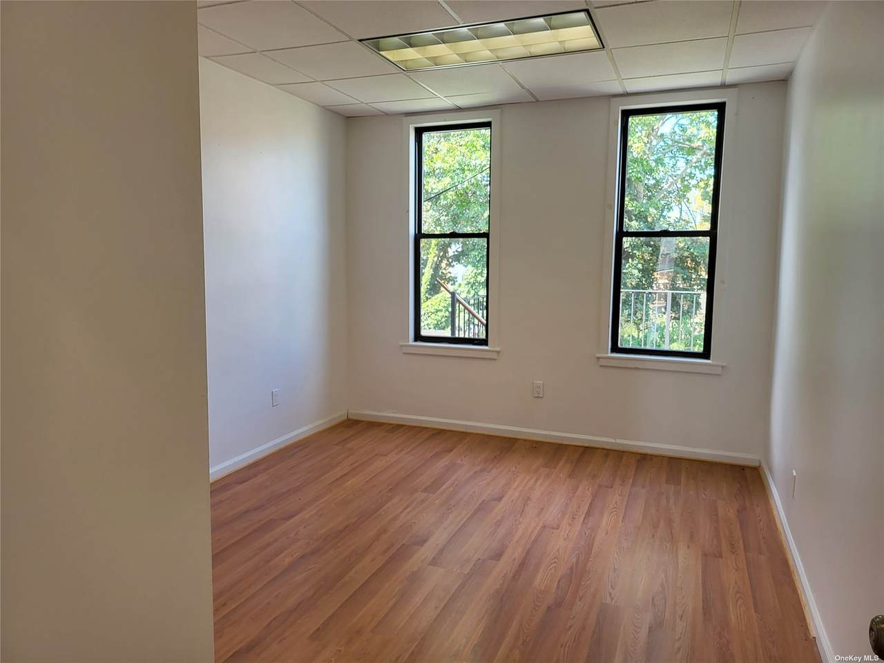 200-13 32nd Ave - Photo 1