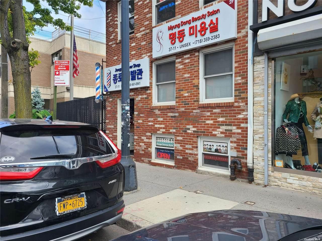 37-11 Union St - Photo 1