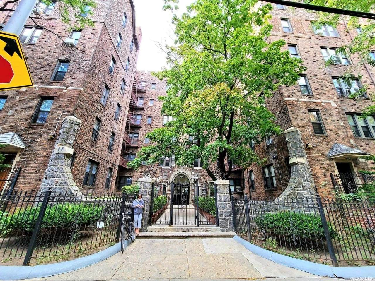 92-05 Whitney Avenue - Photo 1