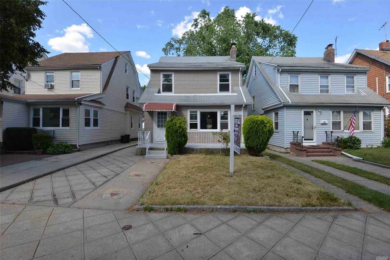 92-35 218 Street - Photo 1