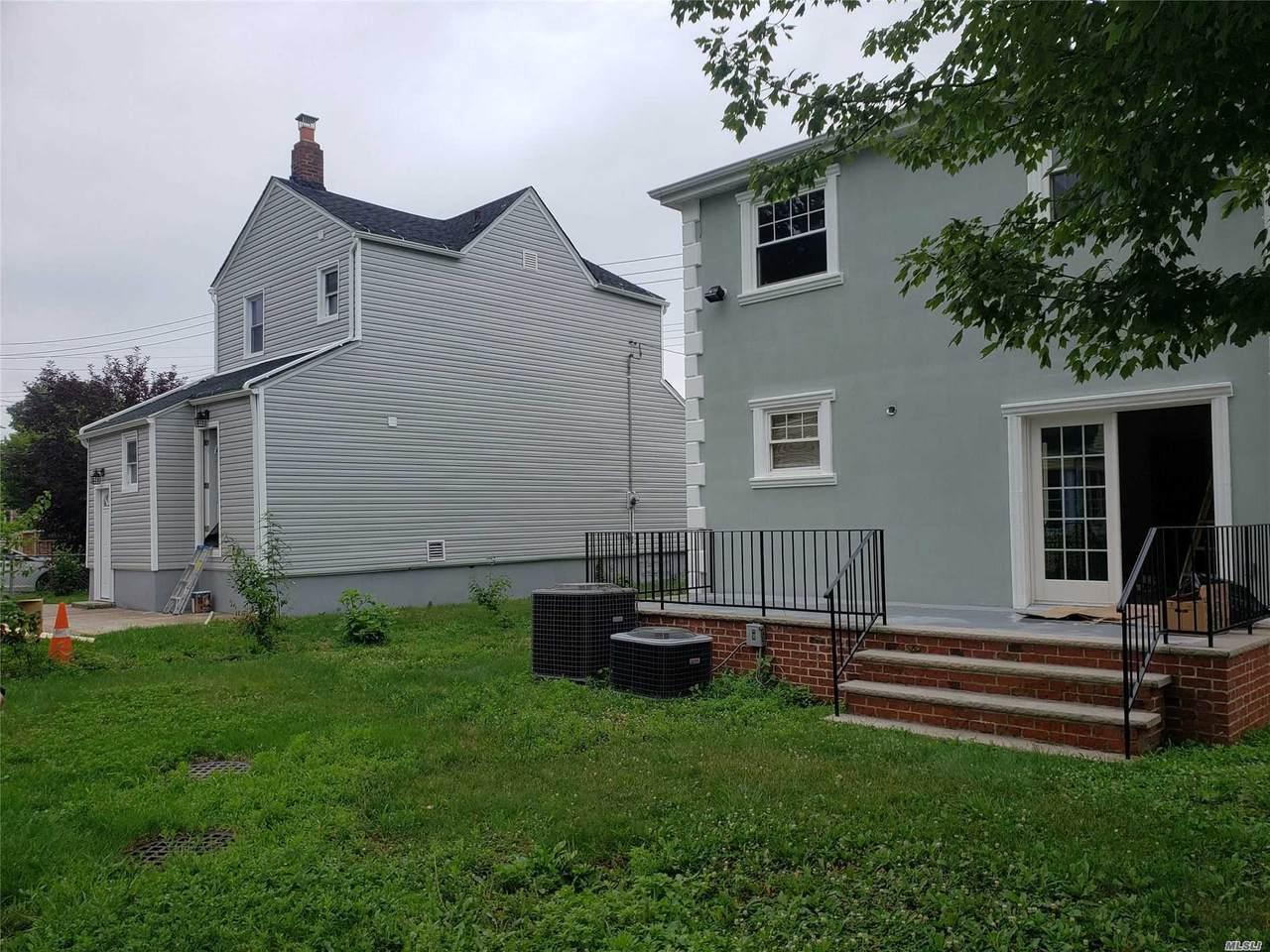 187-19 Williamson Avenue - Photo 1