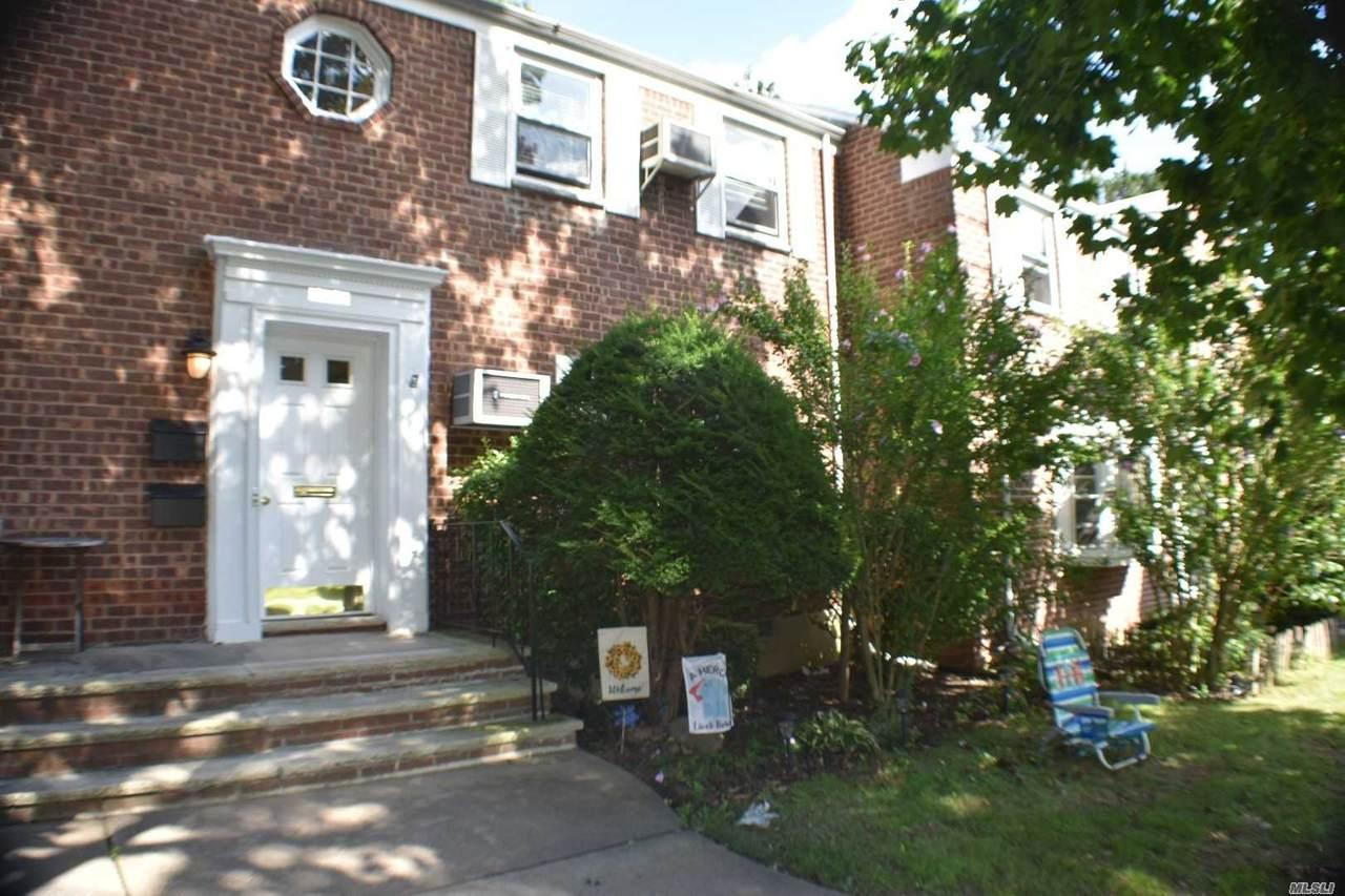 264-49 Langston Avenue - Photo 1