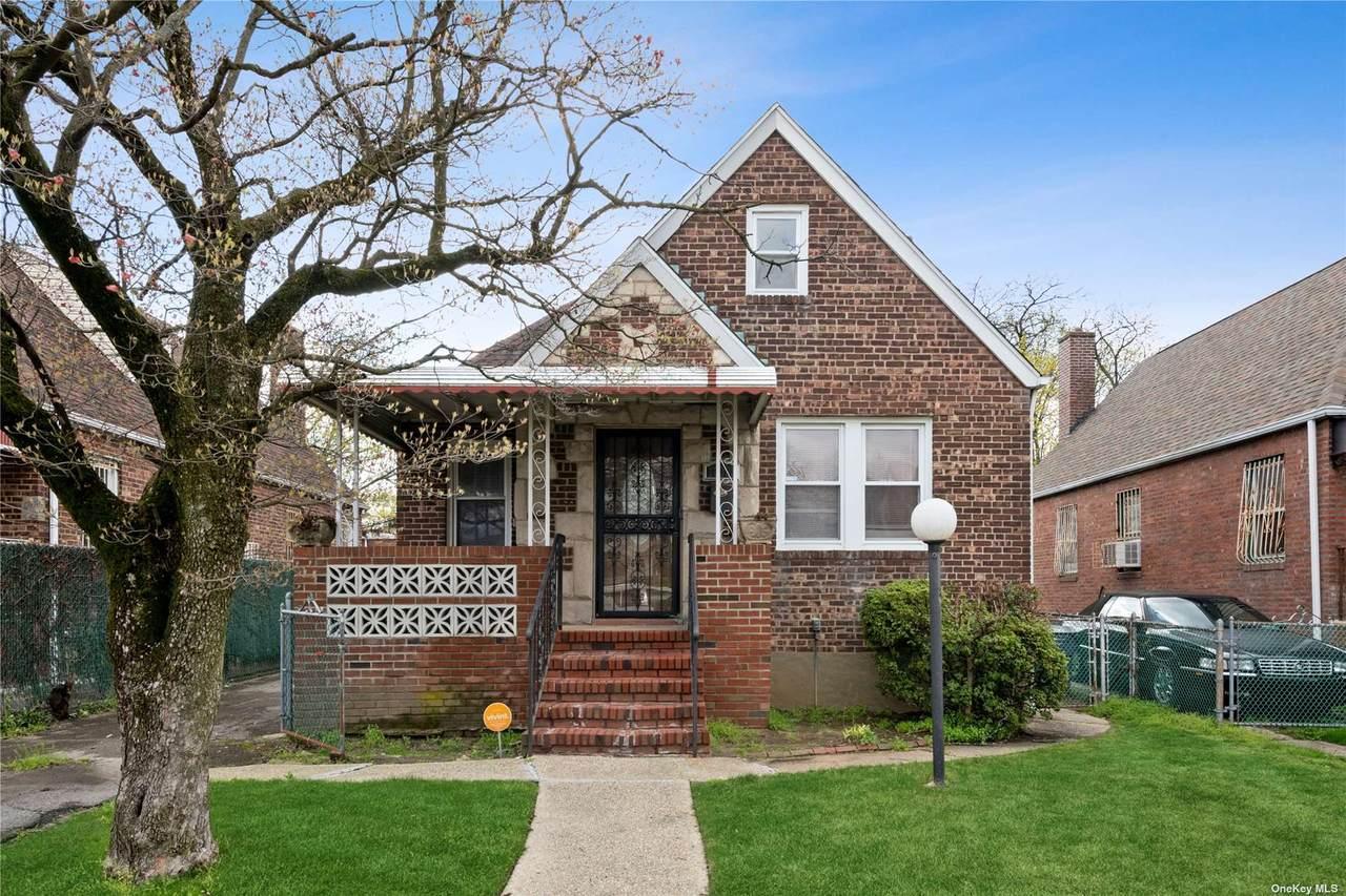 183-88 Camden Avenue - Photo 1