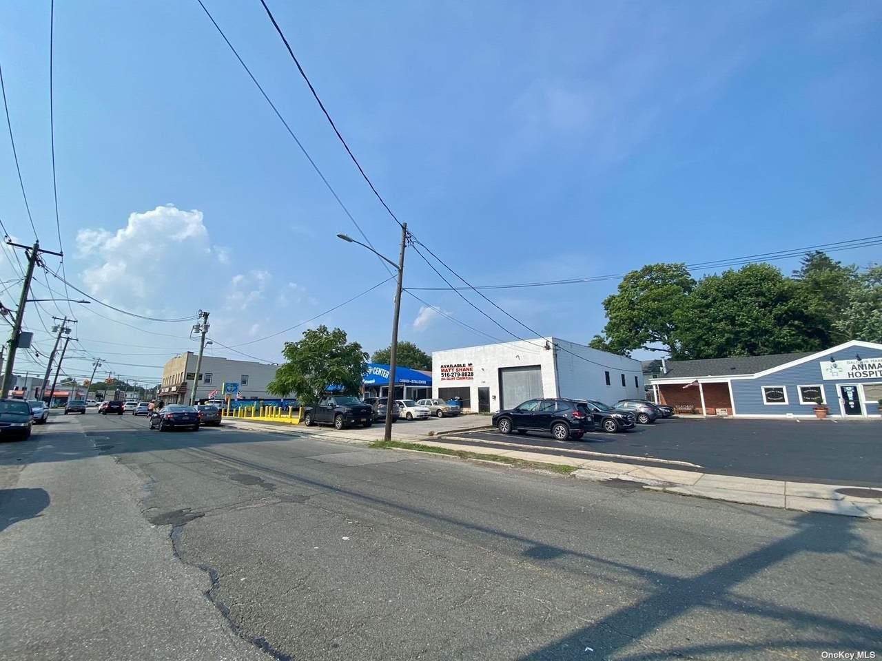230 Milburn Avenue - Photo 1